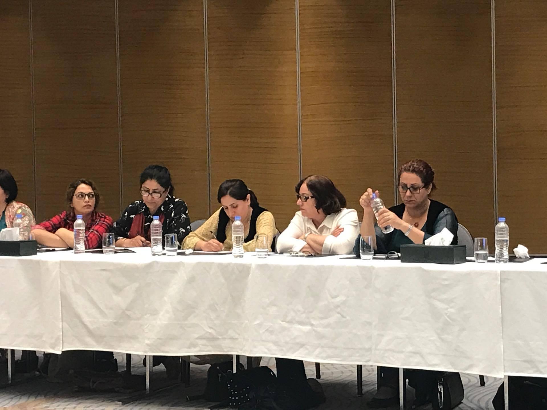 بەشداریی ژنانی كۆمەڵە لە كۆبوونەوەی ژنانی چوار پارچەی كوردستان